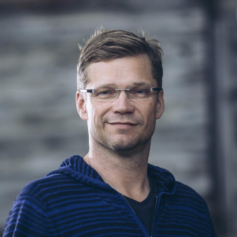 Tom Henriksson copy.jpg