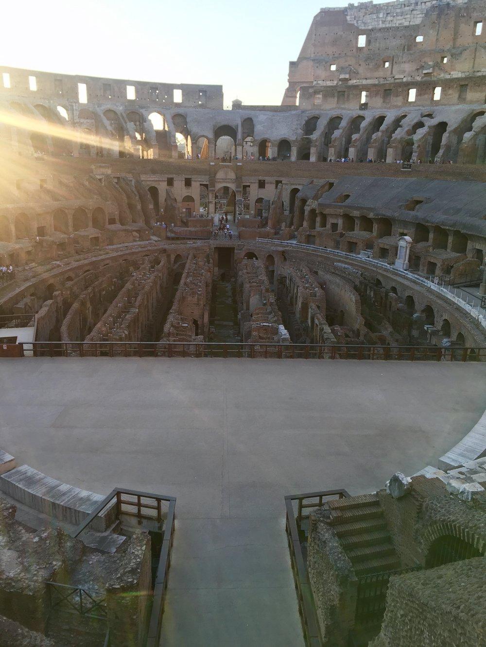 colosseum inside2.jpg