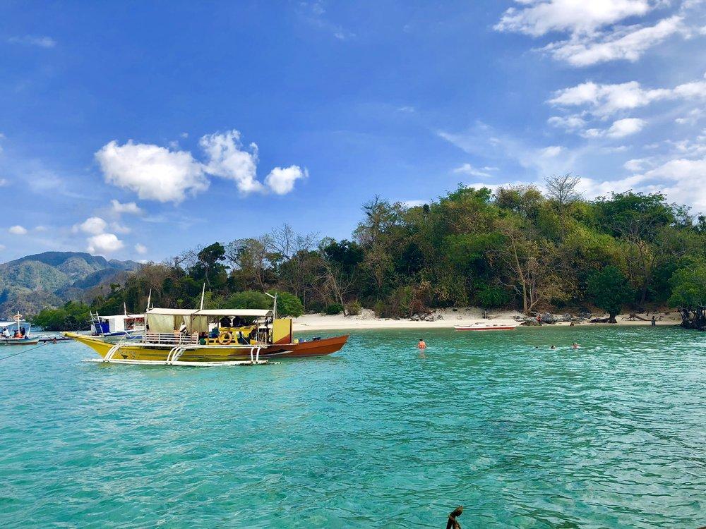 Coron CYC Boat2.jpg