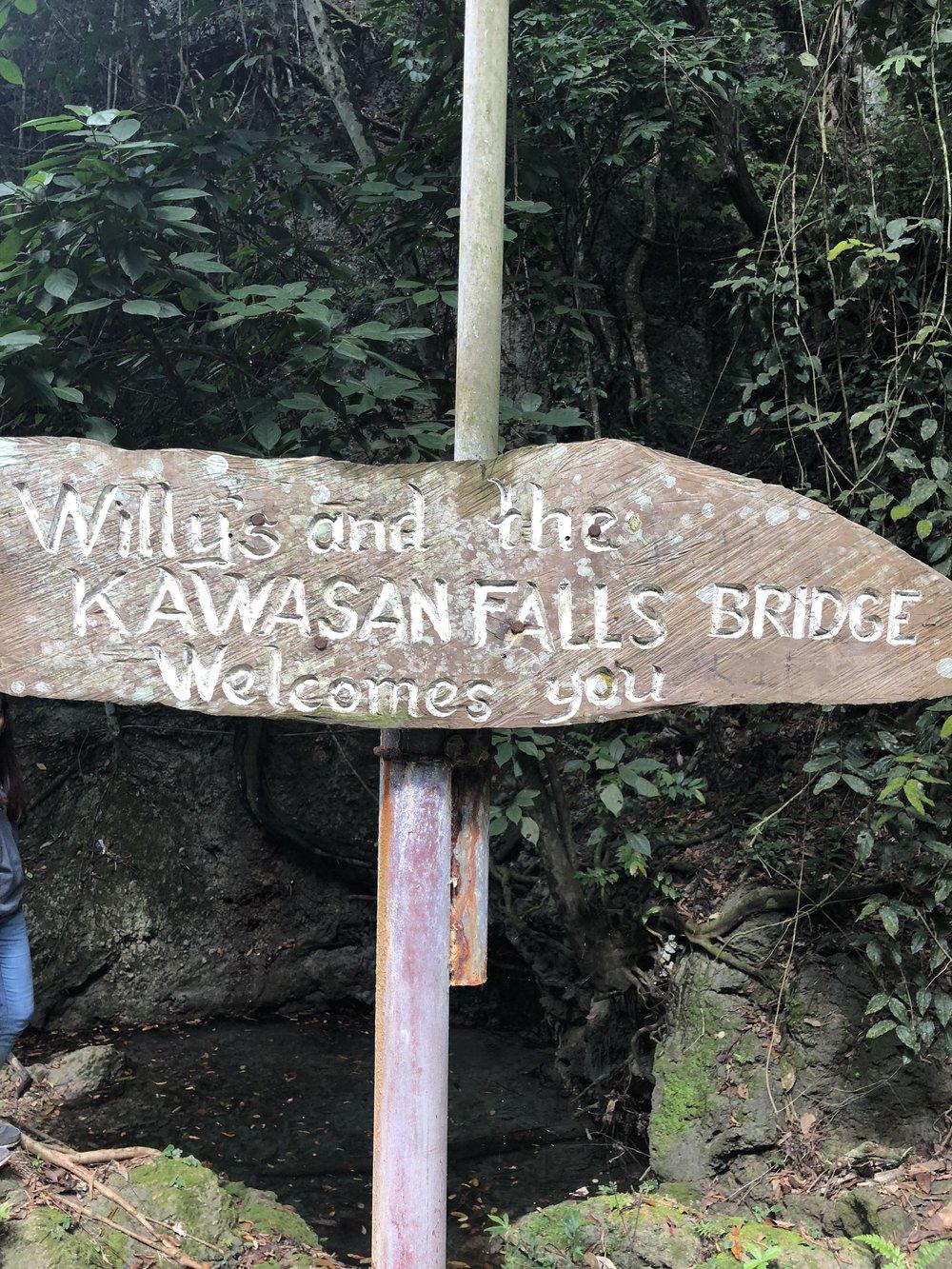 Kawasan Falls Entrance.jpg