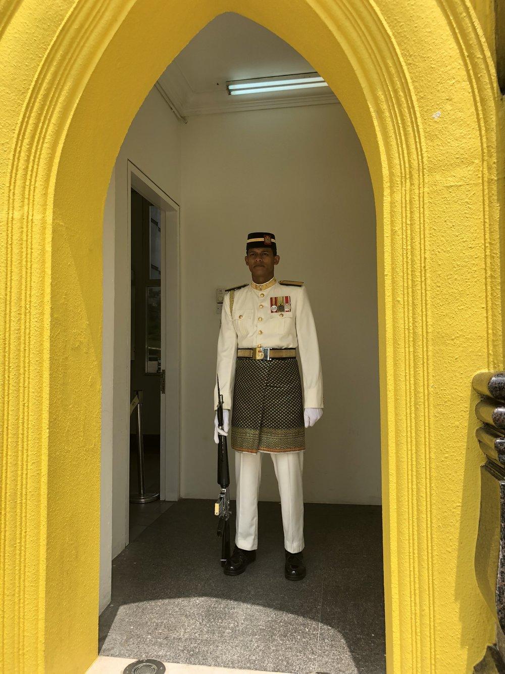 Malaysia Palace Guard 2.jpg