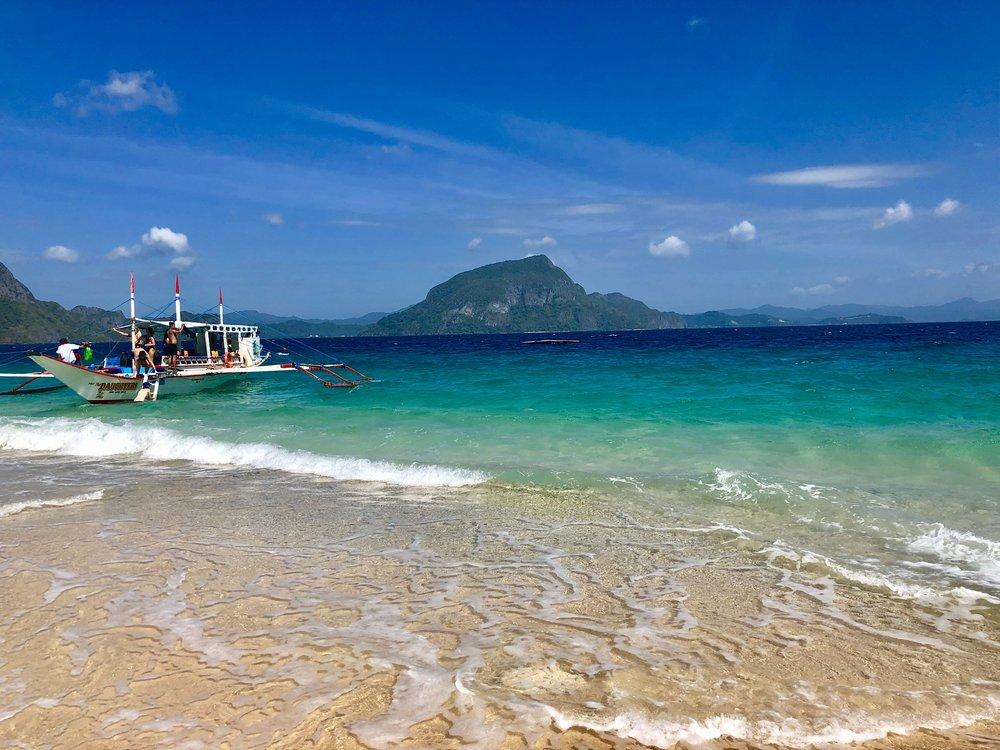 El Nido Hidden Beach 2.jpg