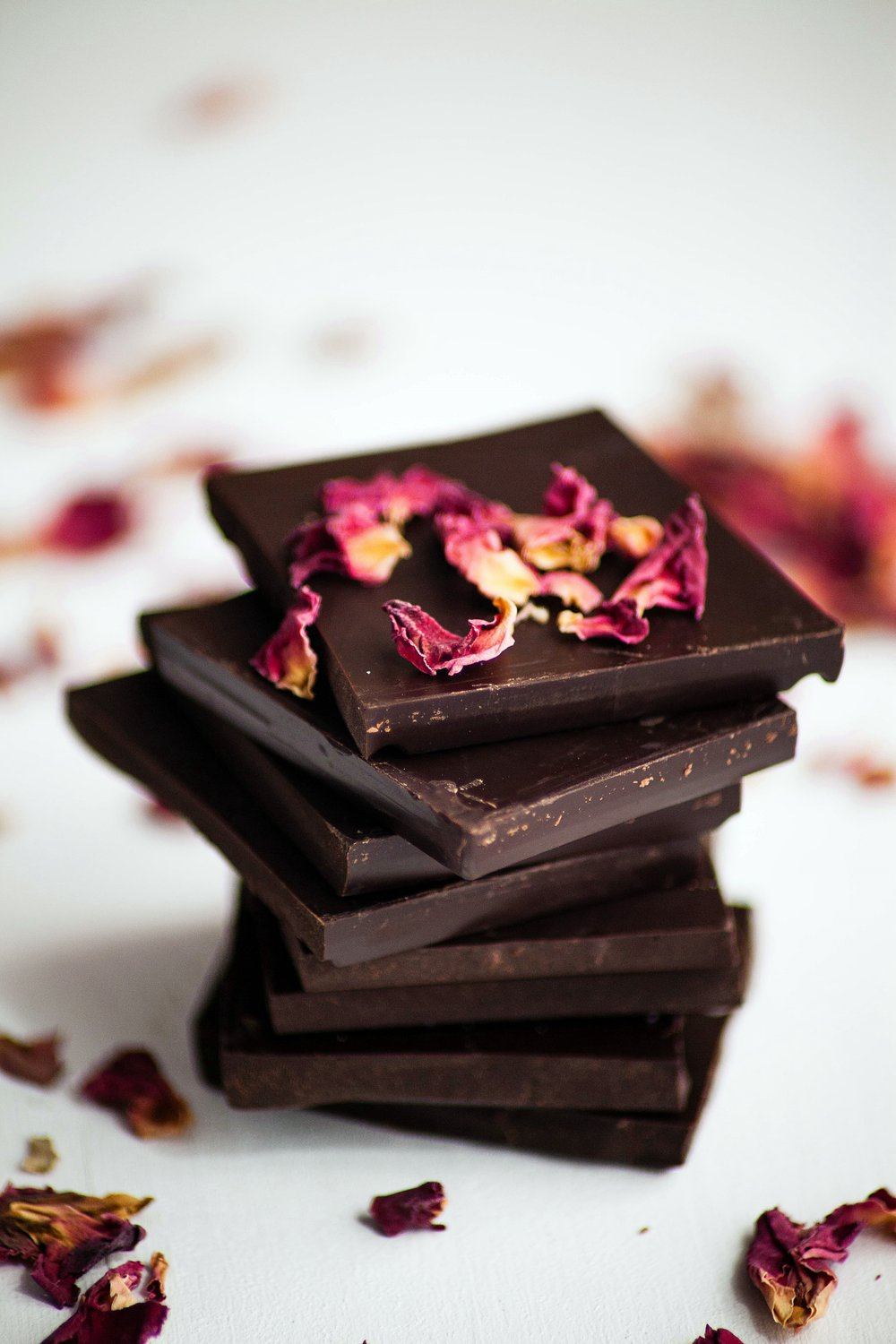 Dark chocolate bars with dried rose petals_.jpg