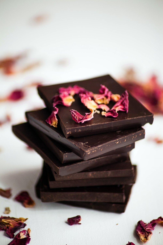 Dark chocolate bars with dried rose petals_.jpg