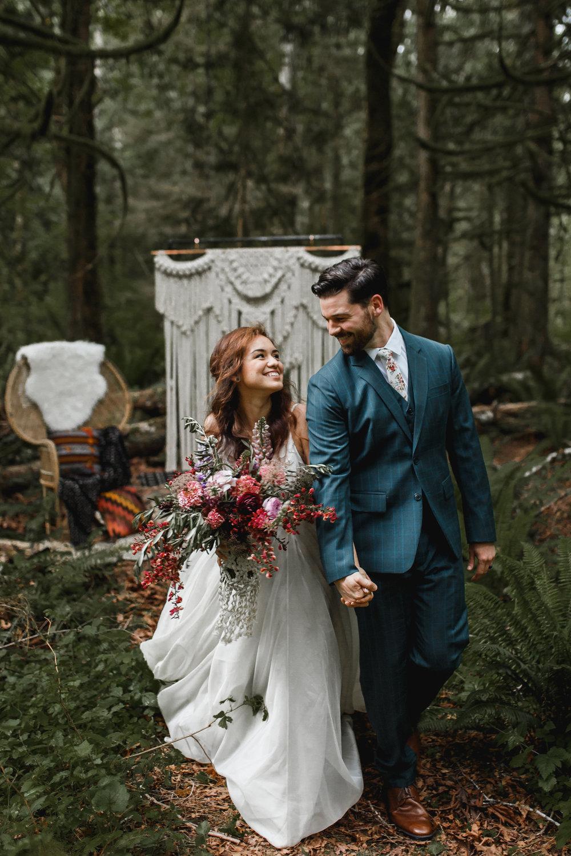 deep-woods-boho-elopement-66.jpg