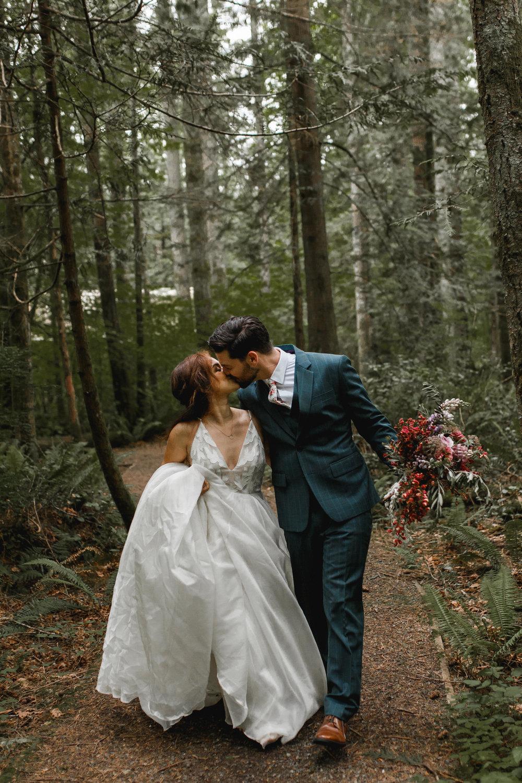deep-woods-boho-elopement-126.jpg