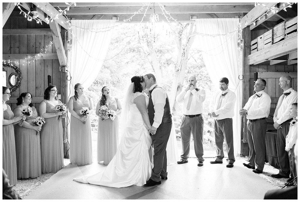 lynchburg_wedding_photographer_jenna_mike37.jpg