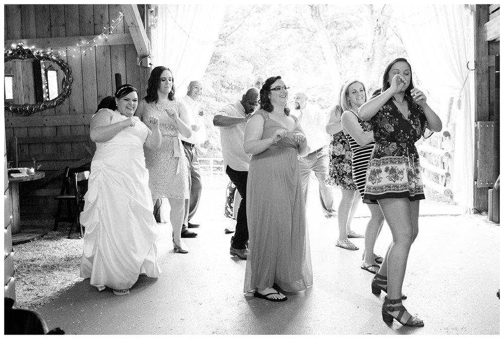 lynchburg_wedding_photographer_jenna_mike55.jpg