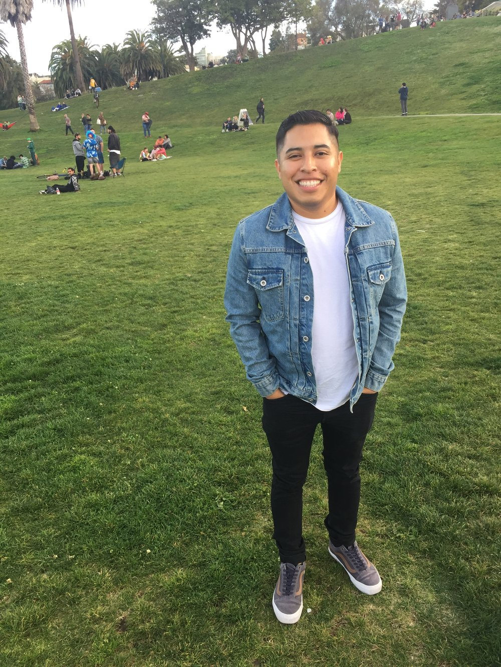 Jonathan Roque, Social Media Manager