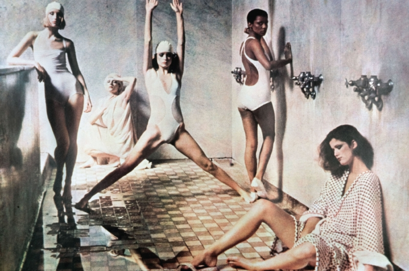 Deborah Turbeville –  Astor Levy Bath House , Vogue America maggio 1975.