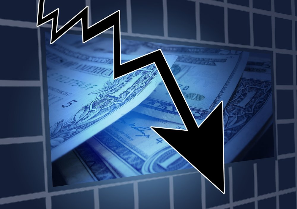 58f537807c415e78569f84bf_financial-crisis-544944_1920.jpg