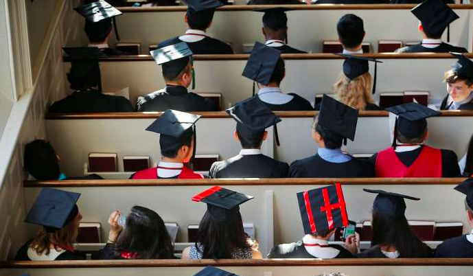 """""""Students from junior colleges and polytechnics that are under-represented in top British and American universities now have a network of mentors to help them get into such institutions."""""""