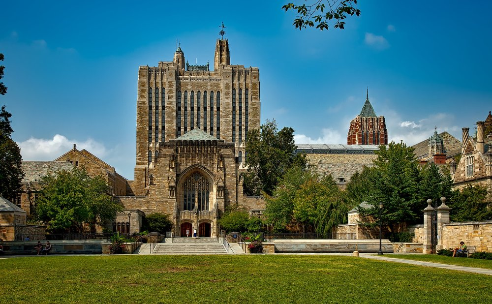 Yale University - Sterling Memorial library building