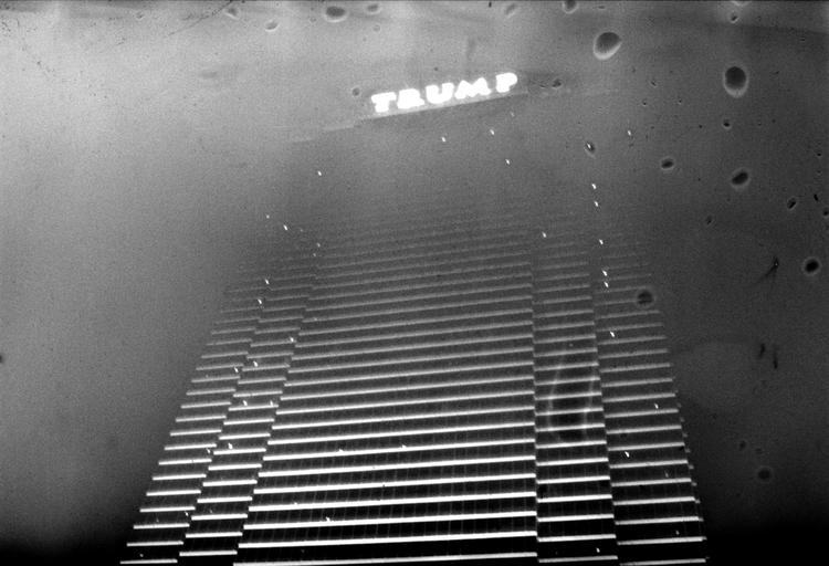 LA-LV 45 © Antony Cairns