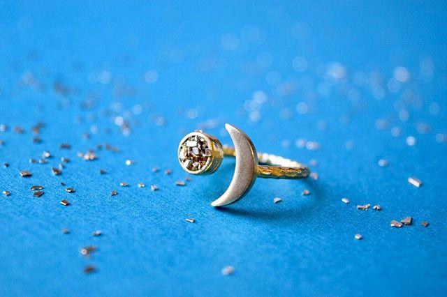 The moon + stardust ring ✨🌙 solid brass.  New in the #Etsy shop 💙💙💙 thefaintofheart.etsy.com . . . . . . #etsy #etsysuccess #craftsposure #memphis #handmade #handmadeisbetter #handmadejewelry #boho #bohojewelry #bohemianjewelry #bohofashion #bohemianfashion #bohemianstyle #darlingdaily #thefaintofheart #moonring #girlboss