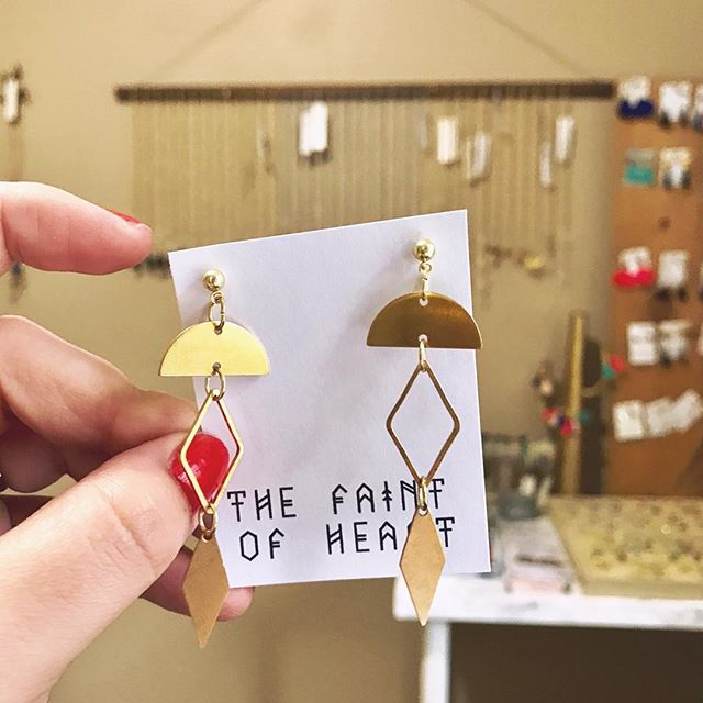 New brass minimalistic designs will be in the shop soon ✨ #Etsy #thefaintofheart thefaintofheart.etsy.com . . . . . . #bohojewelry #bohemianjewlry #bohofashion #bohemianfashion #handmade #handmadeisbetter #handmadeinmemphis #tennessee #memphis #jewelry #jewelrygram #jewelrydesigner #jewelryoftheday #darlingdaily #craftsposure #girlboss #entrepreneur #femaleentrepreneur