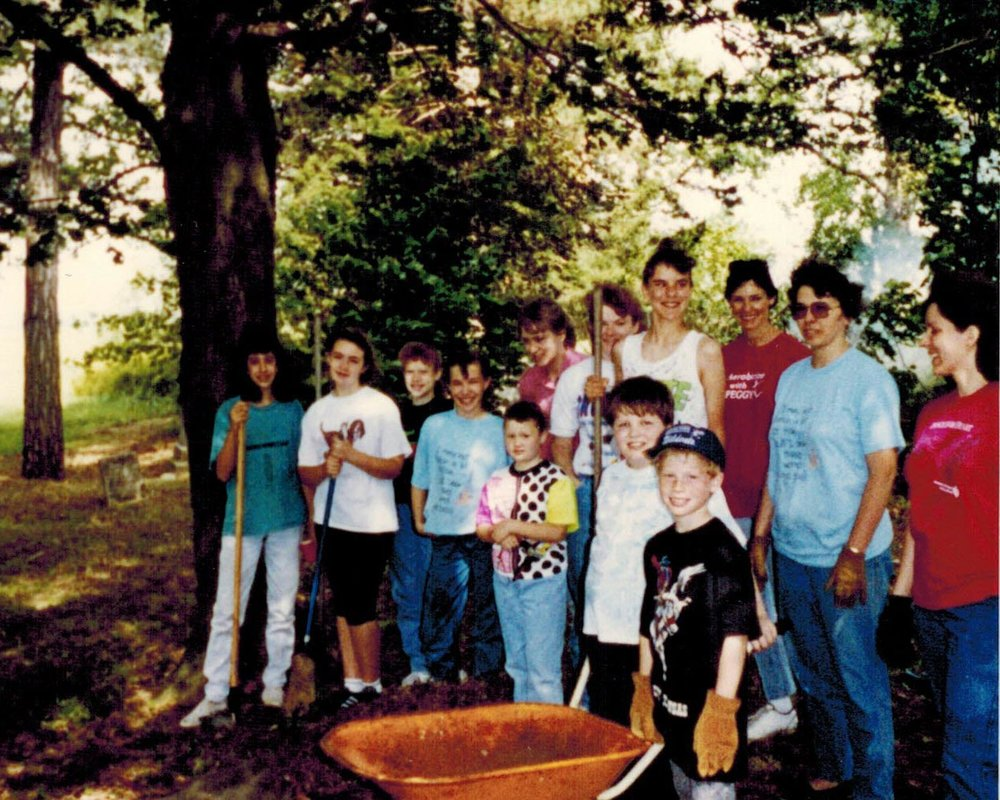 1990s, 4-H Club Cleanup