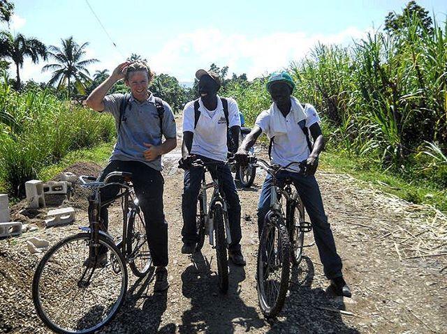Biking to work ———- economic opportunity through mobility ——————————————————————— #disasterrelief #rebuild #reducereuserecycle #recycle #donatedontdump #donatedontdumpbikes #oneworldbikes #oneworldbikesfoundation #caribbeanbike #hurricanerecovery  bikes #islandlife