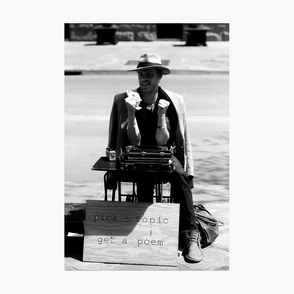 ©-2017-Harry-W-Edmonds-London-Street-Photographer-Photographer's-Note-USA-Poet-02.jpg
