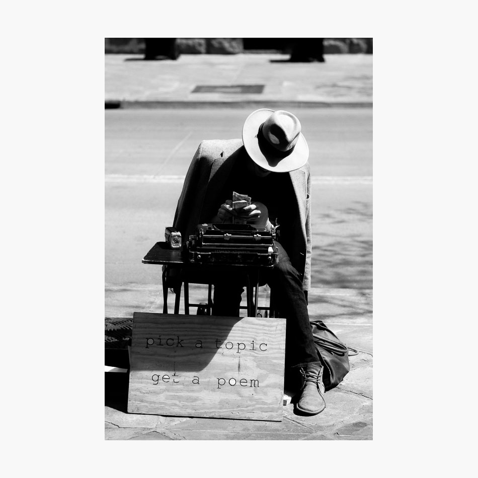 ©-2017-Harry-W-Edmonds-London-Street-Photographer-Photographer's-Note-USA-Poet-03.jpg