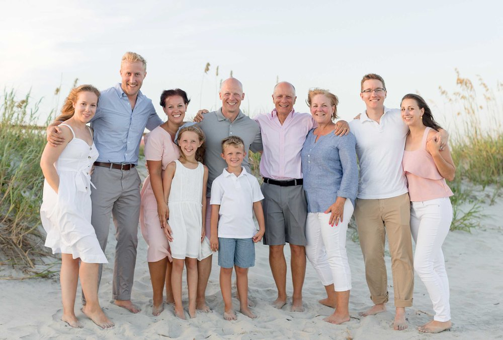Group photo of a family on the Isle of Palms