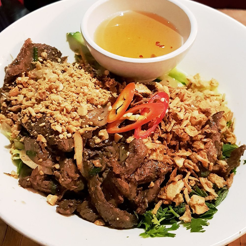 Pho Vietnamese Restaurant Noodle Bar Rotterdam Netherlands bun bo xao vermicelli