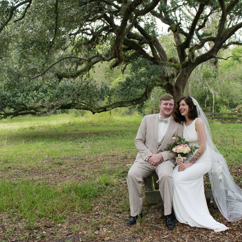 Spotlight On: Oakley Honey Farms | Palmetto State Weddings