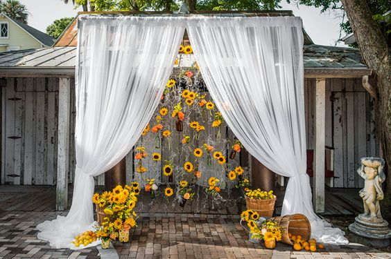 Sunflower Styled Shoot via The Celebration Society