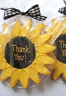 Sunflower Cookies via Alena's Sweets