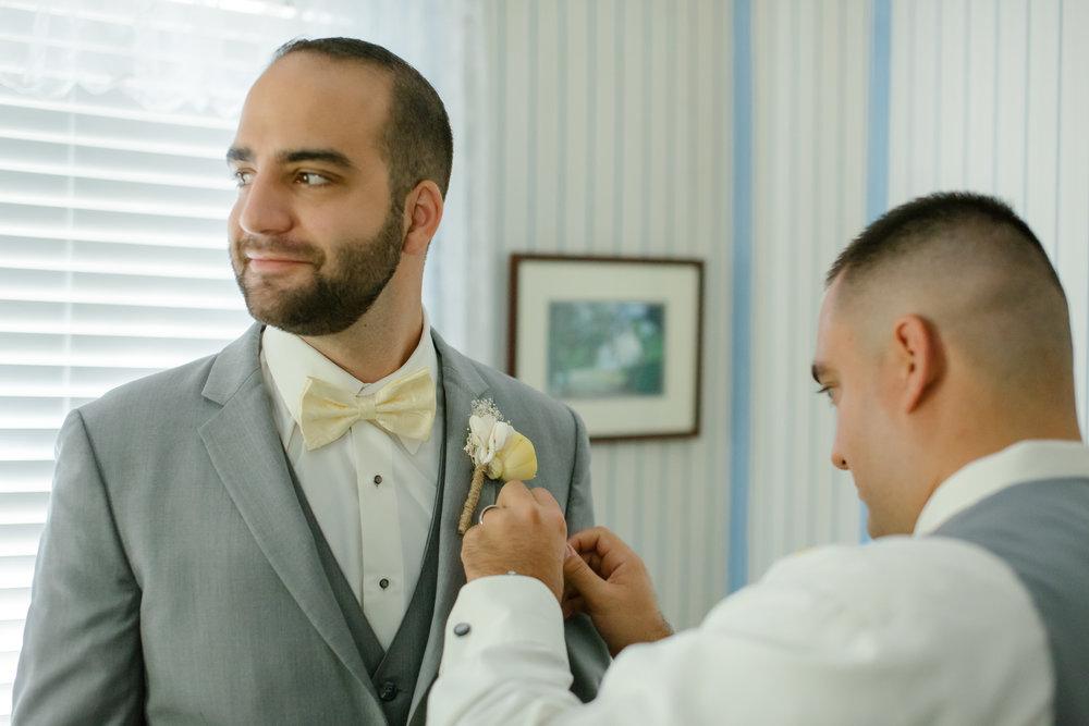 Brooke + Matt: A Casual Waterfront Wedding on Wadmalaw Island | Palmetto State Weddings