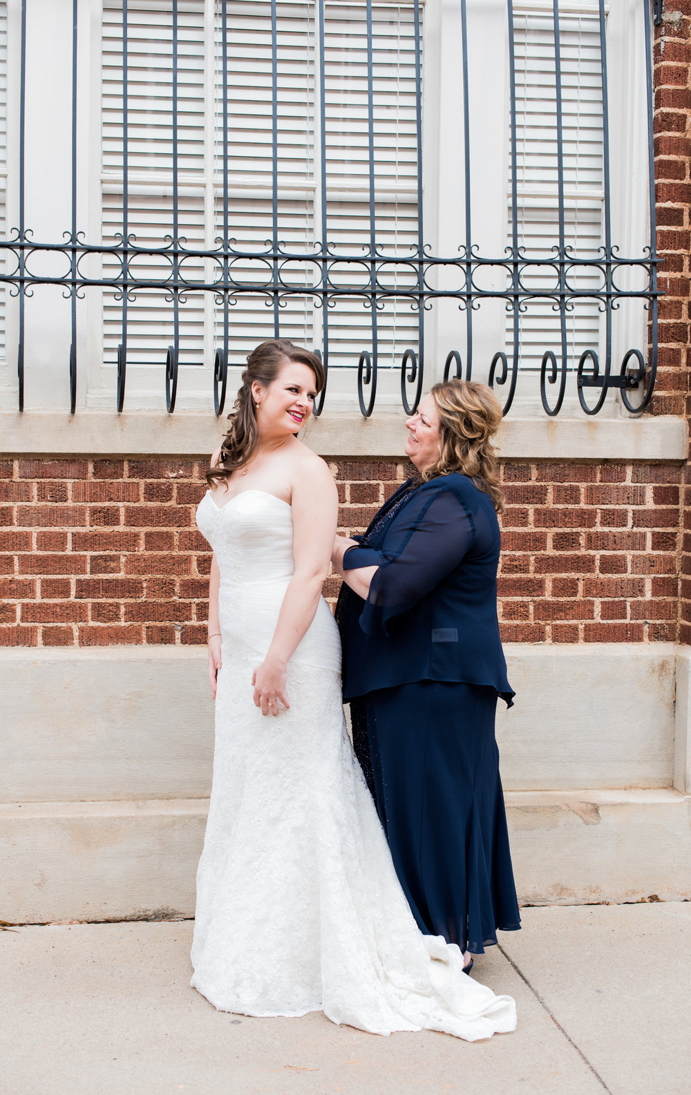 Kasey + Dillon: Elegant Hometown Wedding at the Davenport, Greer, South Carolina | Palmetto State Weddings