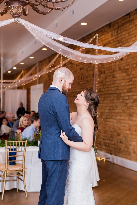 Swing_Newsome_RebeccaHicksPhotography_Wedding351.jpg