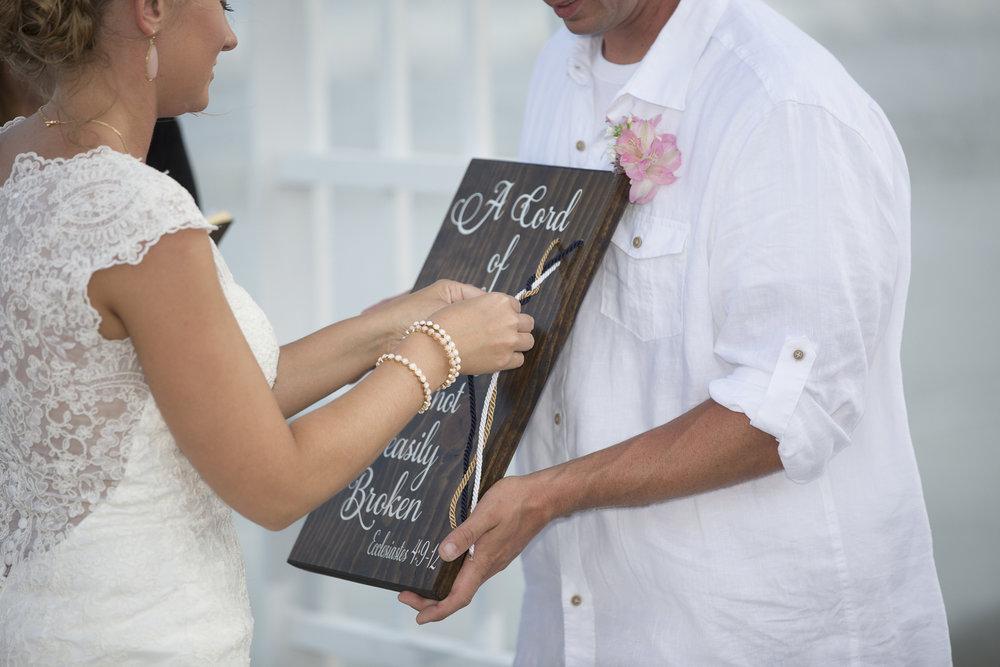 Brittany + Josh: Charleston Beach Wedding on Isle of Palms | Palmetto State Weddings