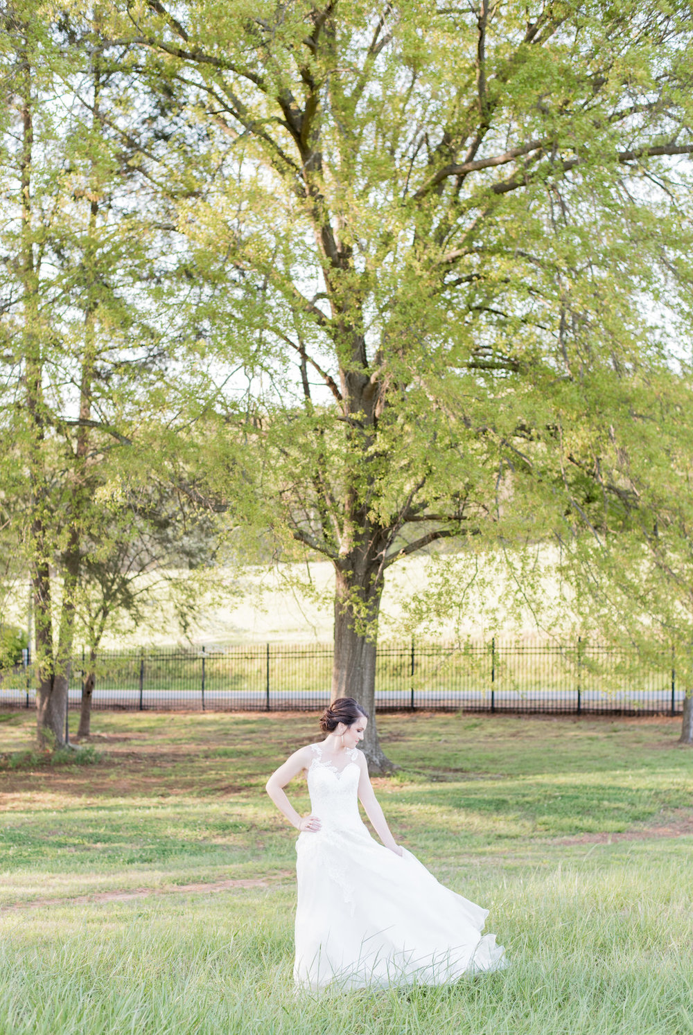 Corinn's Rustic Bridal Session at Lindsey Plantation, Greenville, South Carolina | Palmetto State Weddings