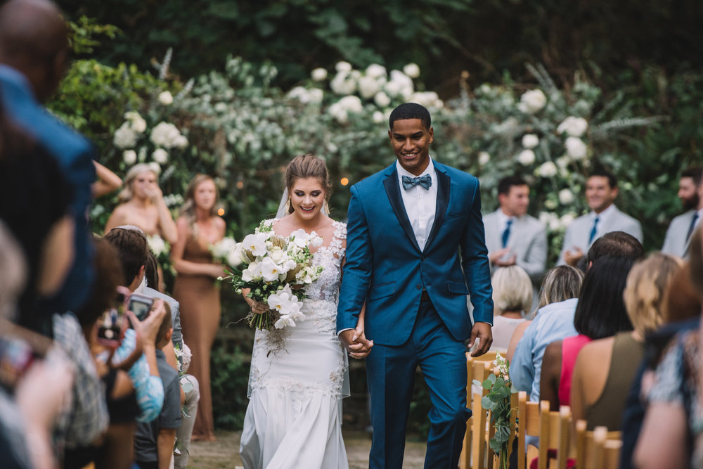 Heather + Tyler: Fun-Loving Outdoor Wedding at Wavering Place | Palmetto State Weddings