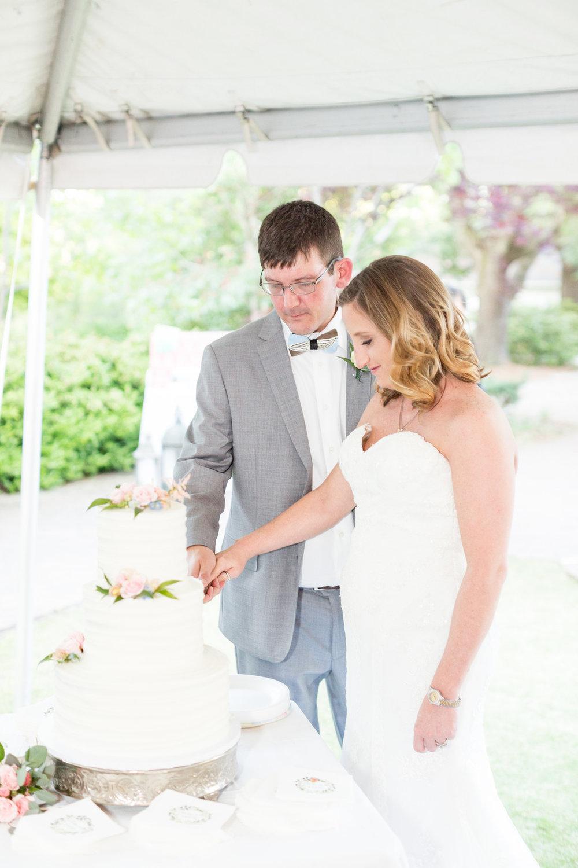 Claibourne + Matt: Poignant Kalmia Gardens Wedding, Hartsville, South Carolina | Palmetto State Weddings