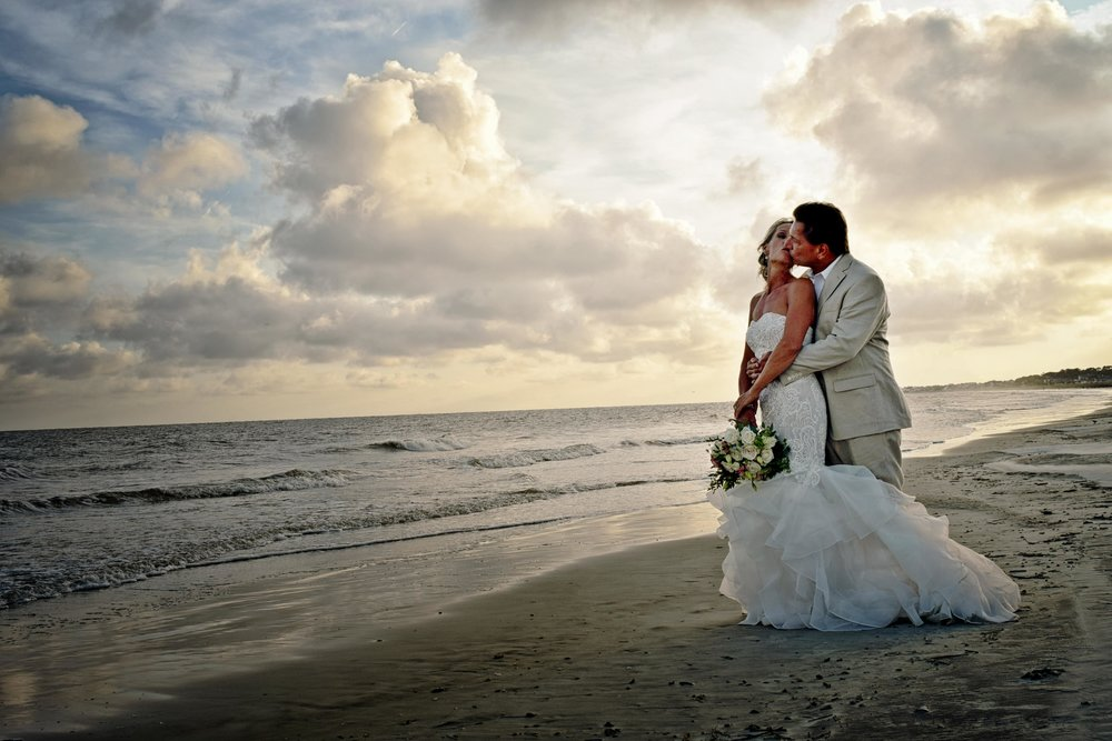 Marian + Jeff: Oceanfront Fripp Island Elopement | Palmetto State Weddings