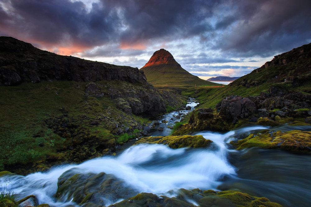 (Kirkjufell, Iceland)