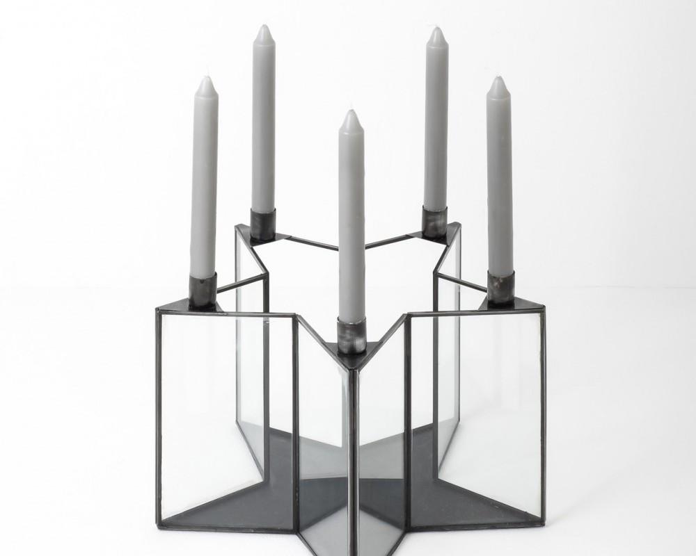 sutara-star-candleholder-medium-black-with-candles.jpg