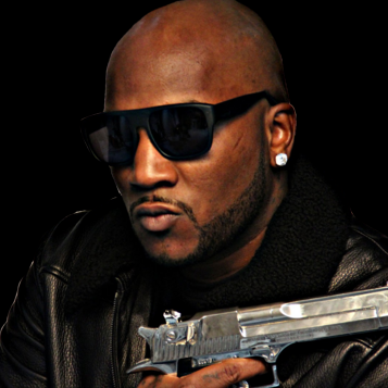 Young-Jeezy-Holding-Gun-psd72453.png
