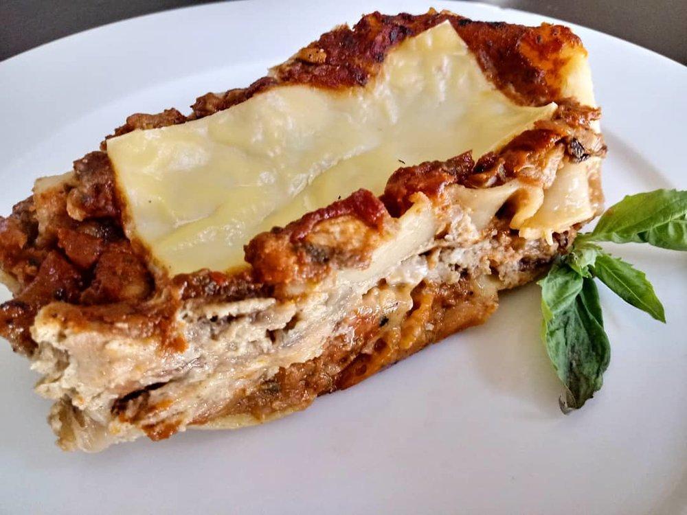 Cheese-free lasagna