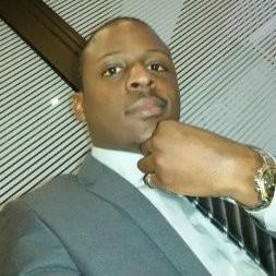 Thom Mpanjo, CEO Yesdriveme, plateforme de location de chauffeurs.jpeg