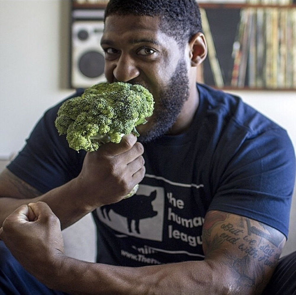 300 lb. vegan and NFL Defensive End free agent, David Carter
