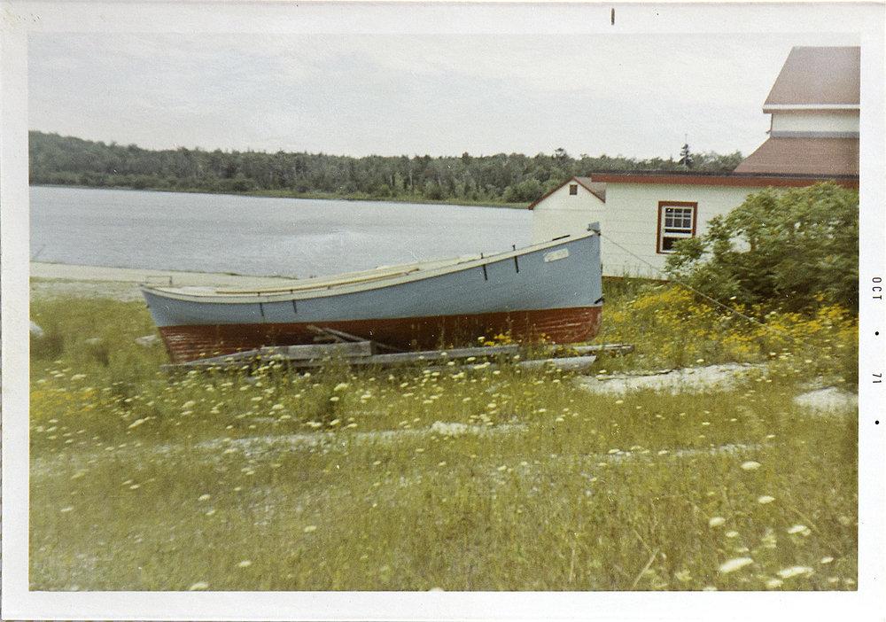serang_beach_starboard_1971.jpg