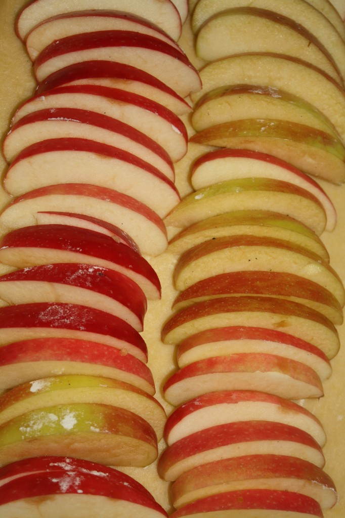 Rustic Apple Tart: Combination of Pink Lady and Braeburn Apples