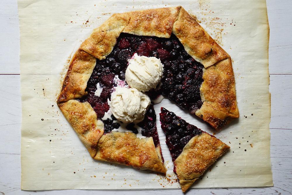 foodie in new york rustic berry tart.jpg