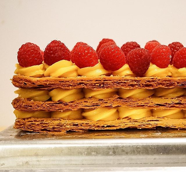 Raspberry Mille-feuille// First- welcome to all of my new followers and thank you for your lovely comments from the Buzzfeed Goodful video. (If you missed it, click the link in my profile to view). Second- I love making puff pastry! And I love the flaky layers peeking through the pastry cream on this dessert. There's something about folding the dough that's so therapeutic. Cheers to a great week everyone!