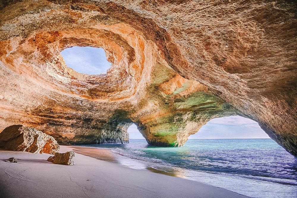 Benagil_Cave,_Algarve.jpg