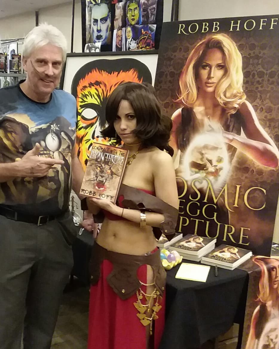 Cosplayer extraordinaire Chryssi Rose models Contract With The Lycanthrope at the FrankfortCon Pop Culture Event in January. Look for her to cosplay Contract With The Lycanthrope femme fatale character Claudia down the road!