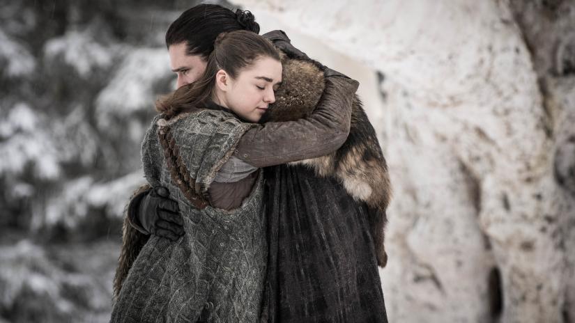 Arya (Maisie Williams) & Jon's (Kit Harrington) Emotional Reunion.